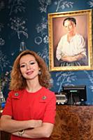 Елена Захарова посетила бутик «Рецепты бабушки Агафьи»