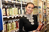 Юлия Такшина посетила бутик «Рецепты бабушки Агафьи»