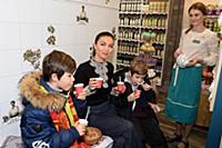 Юлия Такшина с сыновьями Иваном и Федором. Юлия Та