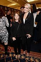 Катя Гусева с дочерью. Премия 'Fashion New Year Aw