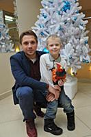 Роман Маякин с сыном. Премьера детского музыкально