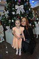 Виктория Тарасова с дочерью. Премьера детского муз
