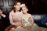 Нелли Уварова с дочерью. Премьера новогоднего конц
