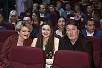Олег Митяев с семьей. Юбилейный концерт певицы Вал