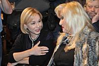 Марина Зудина, Ирина Мирошниченко. Сбор труппы Мос