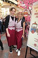 Алена Свиридова с сыном. День мороженого в Главном