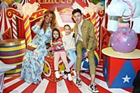 Корнелия Манго с дочерьми Марианной и Евой, Ильфат