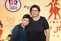 Изабелла Джавоева с внуком. Шоу мировых звезд баль