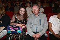 Юрий Кузнецов с дочерью. Премьера фильма «Прощатьс