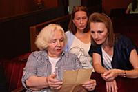 Анна Антоненко-Луконина. (слева). Сбор труппы Теат