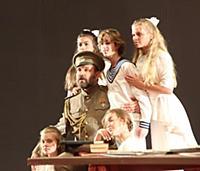 Спектакль 'Красное колесо' в Центральном академическом театре Российской Армии
