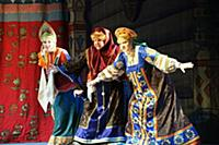 Александра Иванова (Ткачиха), Лариса Кичанова (Баб