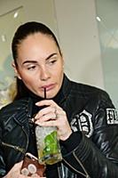 Eva Bristol (Ева Бристоль). Открытие медицинского