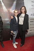 Дарья Калмыкова с сыном. Премьера фильма «Последне