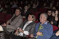 Андрей Мерзликин с родителями. Премьера фильма «По