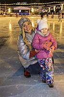 Корнелия Манго с дочерью. Праздничное открытие ГУМ