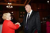 Светлана Пчельникова, Николай Валуев. Ежегодный бл