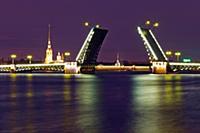 Дворцовый мост, белые ночи, Санкт-Петербург.