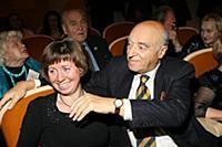 Владимир Этуш с супругой.