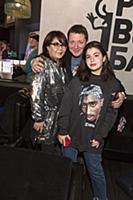 Ян Цапник с женой и дочерью. Презентация сериала «