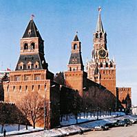 Стены и башни Московского Кремля. Константино-Елен