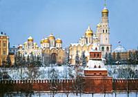 Московский Кремль зимой. Вид с Софийской набережно