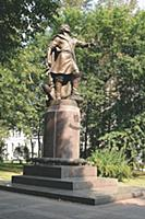 Памятник Петру I в Измайлово. Конец 1990-х - начал