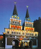 Восстановленные Воскресенские ворота на Красной пл