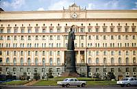 Памятник Ф. Дзержинскому на Лубянской площади