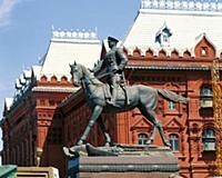 Памятник маршалу Г. Жукову