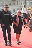 Кира Крейлис-Петрова с внуком. Кинофестиваль «Вива