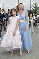 Алла Довлатова с дочерью. Вручение музыкальной пре