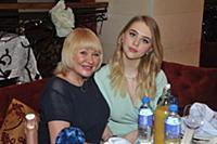 Ирина Грибулина с дочерью. Пресс-обед посвященный