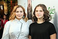 Ирина Пегова с дочкой.