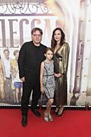 Валерий Тодоровский с дочерью, Евгения Брик. Пресс