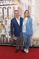 Антон Табаков с супругой. Пресс-показ фильма «Одес