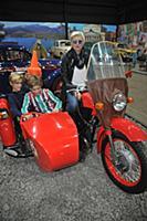 Диана Арбенина с детьми. День автомобилиста в Авто