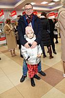 Владимир Левкин с дочерью. Модный показ 'Russia. M