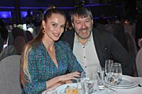 Ксения Джеус, Олег Штром. Премия за доброту в иску