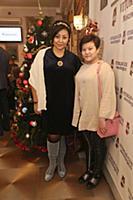 Азима Абдумаминова с дочерью. Празднование 'Хануки
