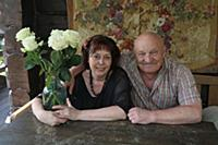 Российский актер Николай Чиндяйкин с женой Расой.