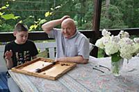 Российский актер Николай Чиндяйкин с внуком Артемо