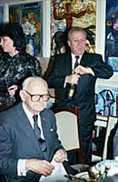 Арманд Хаммер в гостях у Зураба Церетели, в мастер