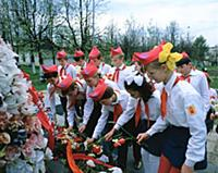 Возложение цветов к памятнику. Жуков Георгий Конст