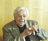 Театральный режиссер Юрий Любимов.