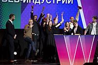 Иван Ургант, создатели сериала 'Трудные подростки'