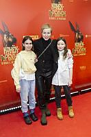 Мария Шалаева с дочерью. Премьера фильма «Конек-Го
