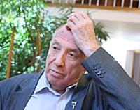 Актер Сергей Юрский.