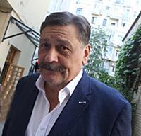 Актер Дмитрий Назаров.
