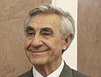 Актер Анатолий Васильев.